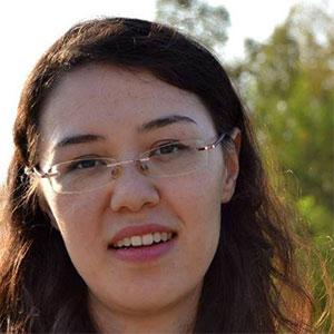 Jennifer Pfalzgraf - Literatur auf der Parkbank